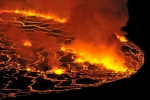 Permanent-lava-lake-into-the-Nyiragongo-crater